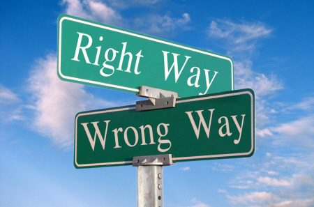 http://dwhitsett.files.wordpress.com/2009/04/right-way-wrong-way1.jpg